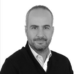 Yücel Karadeniz / Founding Partner